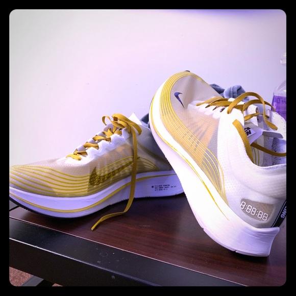 Nike Shoes | Nike Running Shoes Yellow